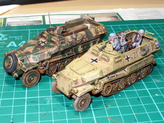 Comparison with a Warlord plastic Hanomag