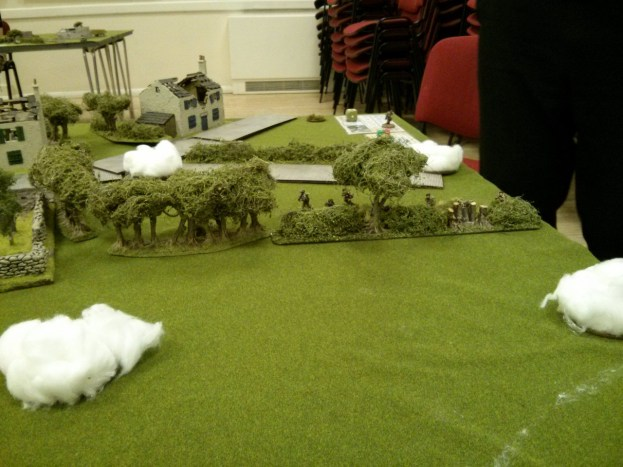 The Paras deploy their Bren gun section into the hedge line, but are quickly forced to go heads down as German mortars plaster their position