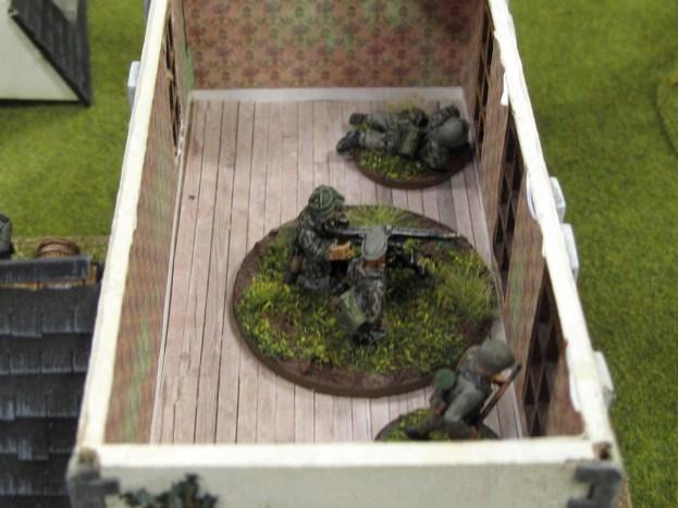 The Germans deploy a machine gun...