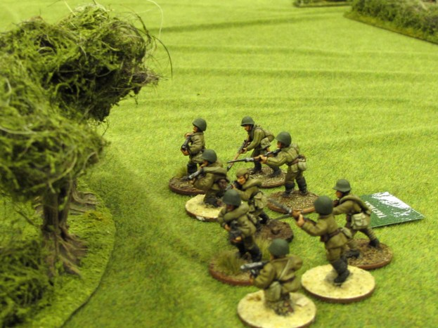 Russian scouts move tactically up to the woods