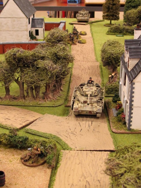 That tank is getting reeaally close to that sniper