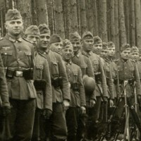 German Security Platoons for Chain of Command