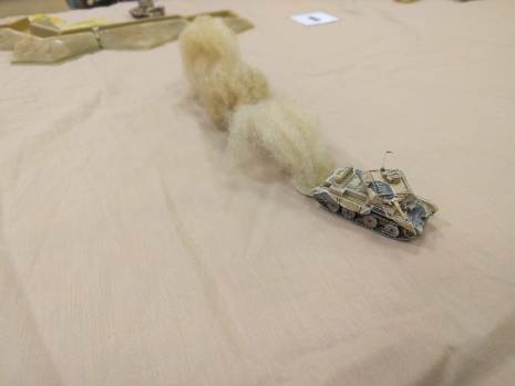 Being outshot by enemy tanks in the dunes, this brave cruiser tries to rush them!