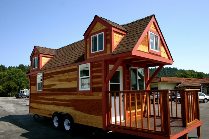 Designed by Molecule Tiny Homes