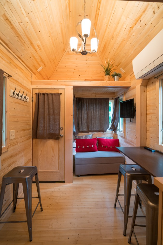 Mt Hood Tiny House Village Lincoln Tumbleweed - 0014