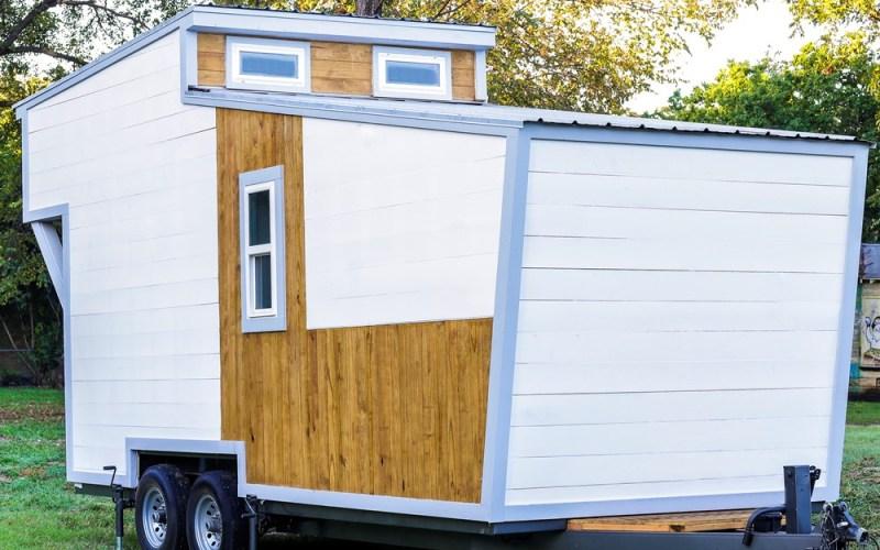 Modern Tiny House by ATX Tiny Casas_002
