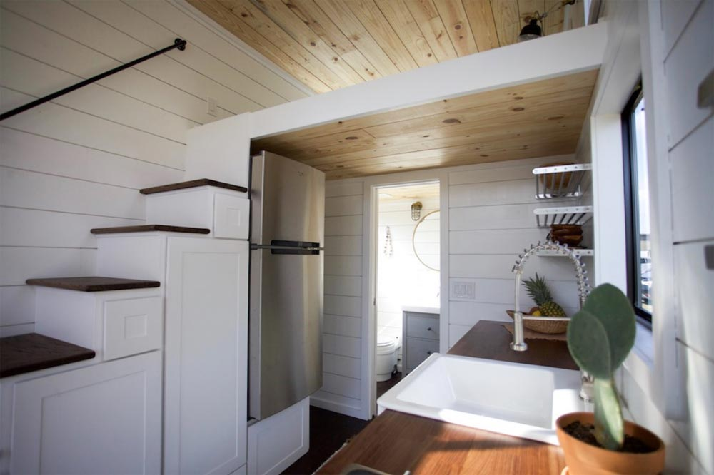 More Tiny Houses From Nomad Tiny Homes: Texas Waterfront, Custom Gooseneck,  Black Pearl.