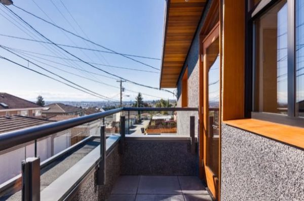 1020sf-small-house-with-garage-newport-lane-house-by-lanefab-0012