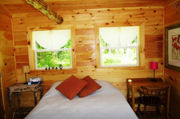 12-x-16-Amish-Built-Tiny-House-005