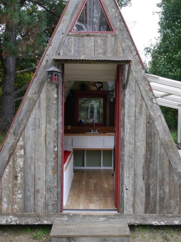 1200 transforming a-frame cabin by Derek Diedricksen 001b