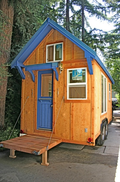 136 Square Foot Molecule Tiny Home on Wheels #5