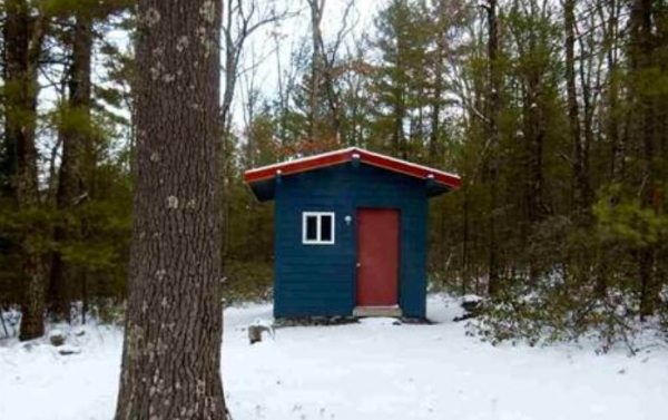 140-sq-ft-tiny-cabin-with-land-for-sale-0001