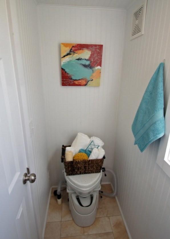 bathroom in tiny house