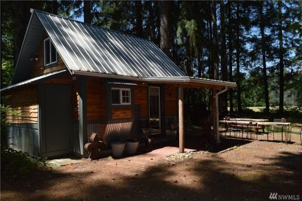 180 Sq. Ft. Tiny Cabin w Land For Sale in Hoodsport, WA
