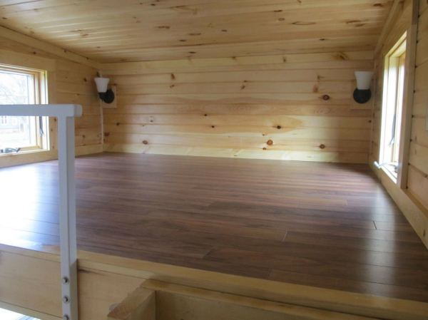 180-sq-ft-tiny-house-with-extra-64-sq-ft-loft-011