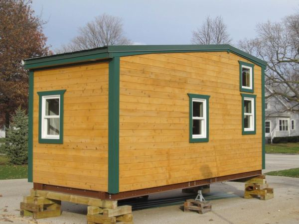 180-sq-ft-tiny-house-with-extra-64-sq-ft-loft-03