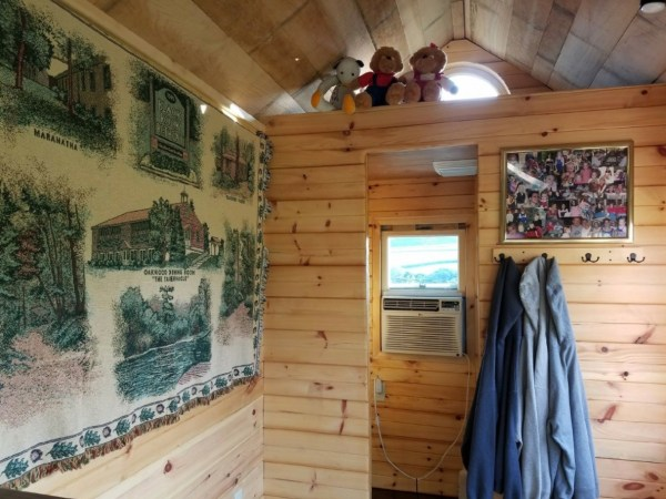 18ft Log Cabin Style Tiny House on Wheels For Sale on eBay 006