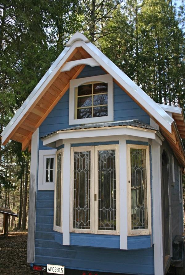 1904 Rustic Vintage Tiny House with Loft Balcony 0016