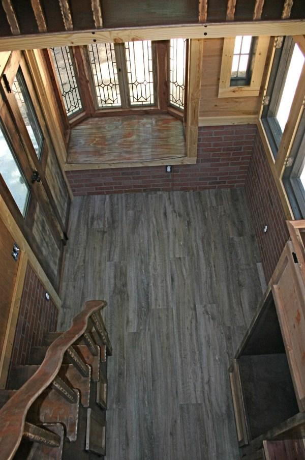 1904 Rustic Vintage Tiny House with Loft Balcony 003