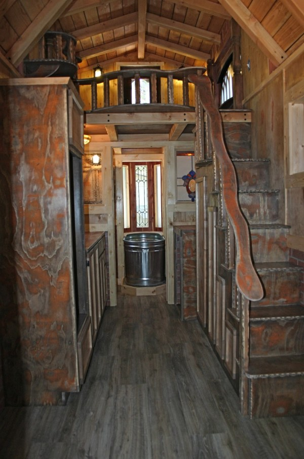 1904 Rustic Vintage Tiny House with Loft Balcony 007