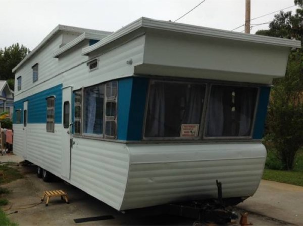 1954 %22Two-Story%22 Vintage Travel Trailer For Sale 0014