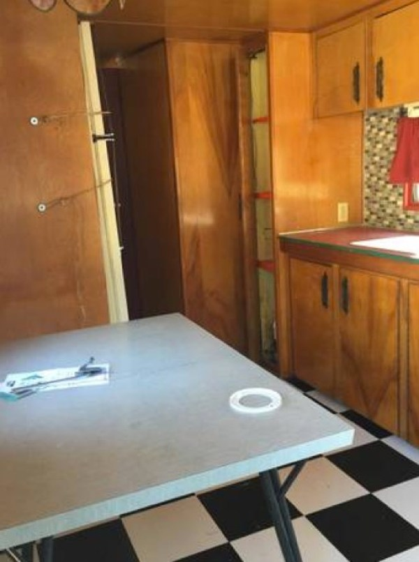 1954 %22Two-Story%22 Vintage Travel Trailer For Sale 006