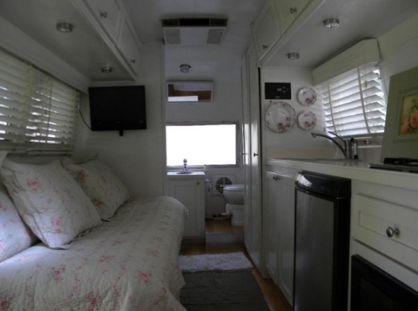 1963 Airstream Tiny House 003