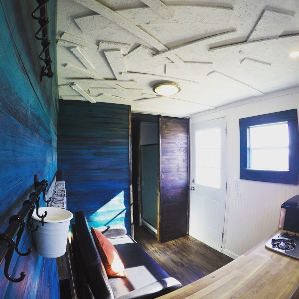 20 Ft Recycled Shipping Container TH For Sale 002