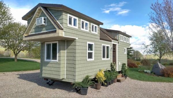 200 Sq. Ft. Family Tiny House 001