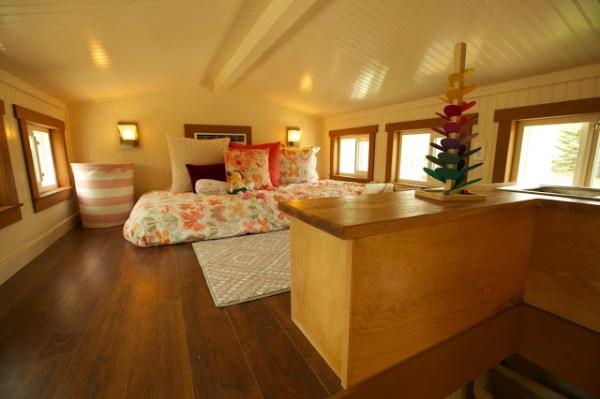 200 Sq. Ft. Family Tiny House 009
