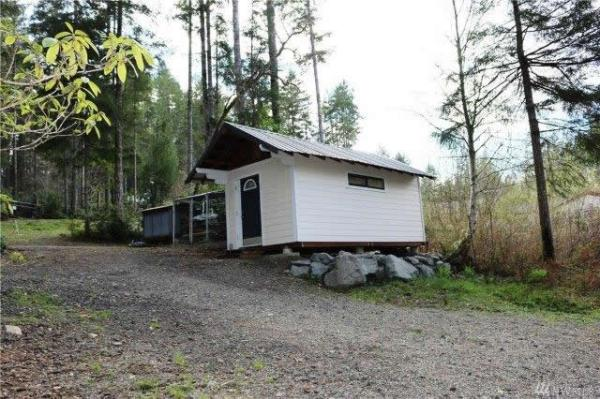 200-sqft-tiny-cabin-on-.41-acres-for-sale-tahuya-015
