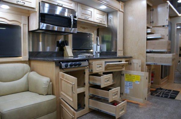 2013-renegade-ikon-3400-45-class-a-motorhome-for-sale-004