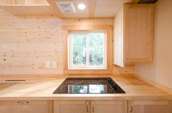 24-warbler-tiny-house-by-rewild-homes-003