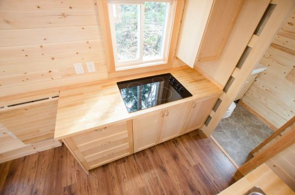 24-warbler-tiny-house-by-rewild-homes-004