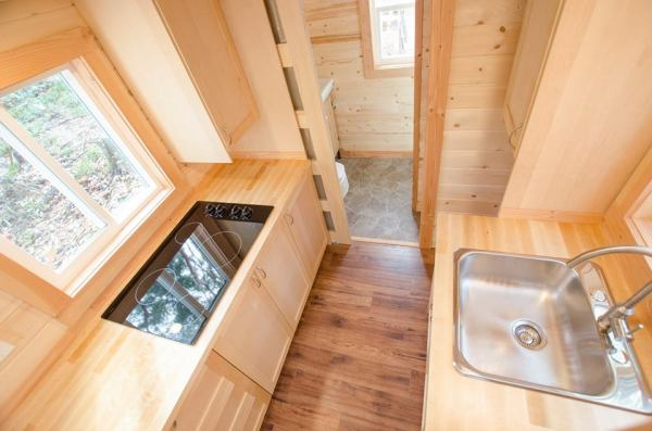 24-warbler-tiny-house-by-rewild-homes-007