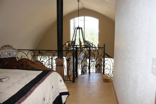 24-x-32-arched-cabin-23