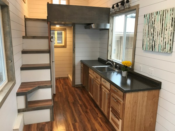 249sf Tiny House on Wheels by Two Fifty Lifestyles For Sale 004