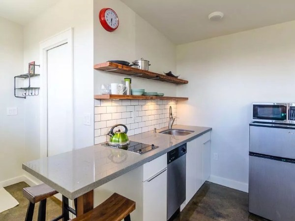 250 sq ft Vancouver Tiny House for sale 007