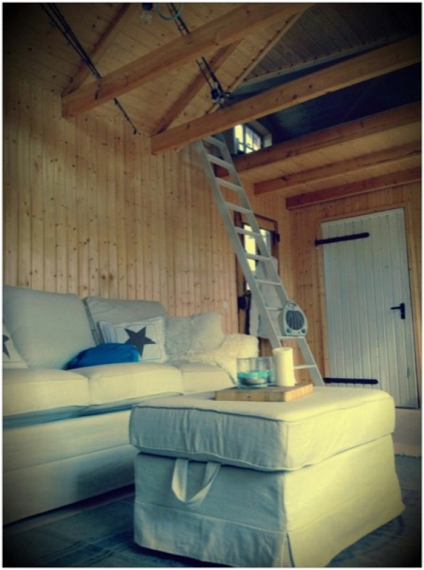 living area in cottage