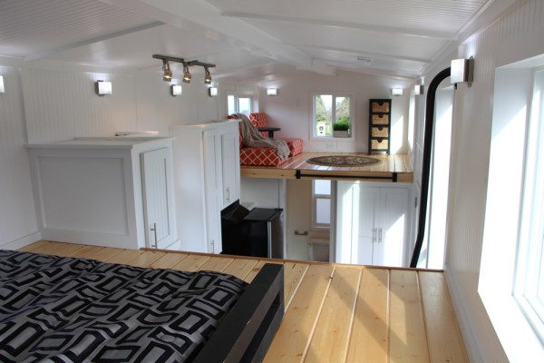25ft Castle Peak Tiny Home by Tiny Mountain Homes_006
