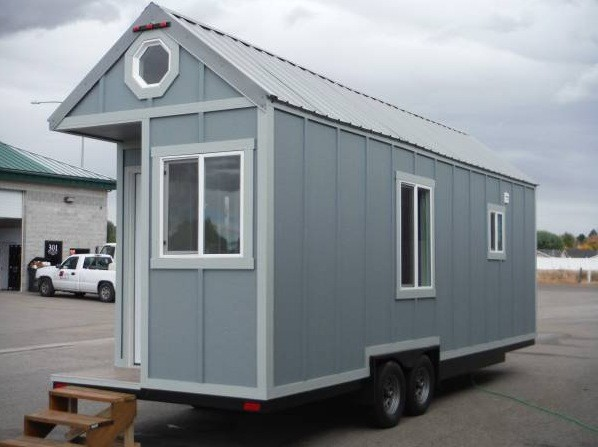 26-tiny-house-for-sale-in-idaho-001