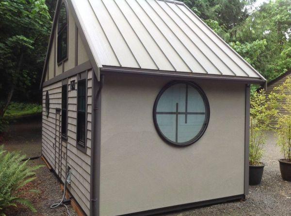 280-sq-ft-luxury-tiny-house-by-heininge-009