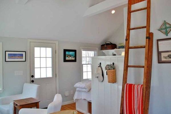 288-sq-ft-tiny-cottage-for-sale-002