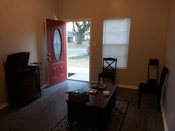 2970 Hoskins 832 sq ft cottage for sale 002