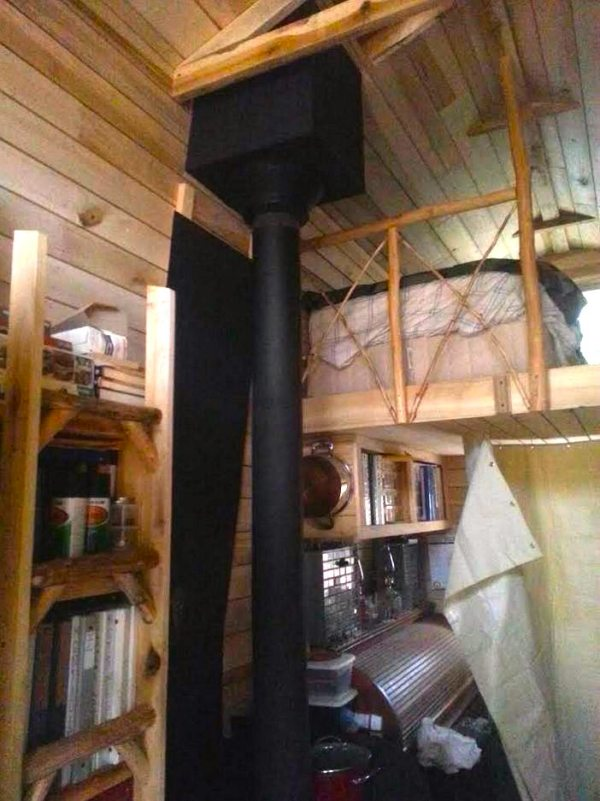 2k-off-grid-diy-tiny-house-003