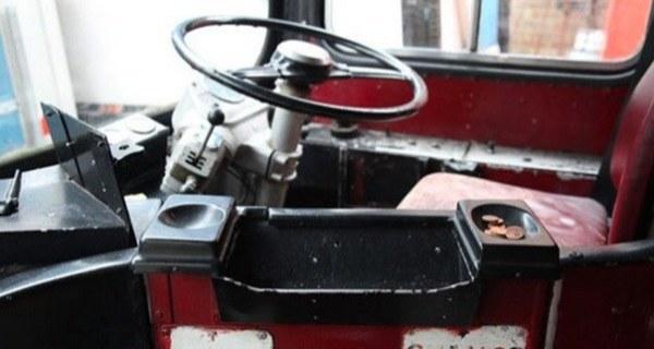 3 Bedroom Double Decker Bus Motorhome 01