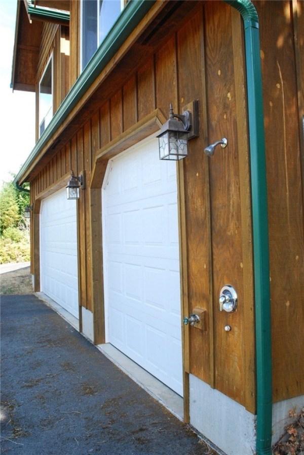 3-Car Garage Cabin For sale 0012