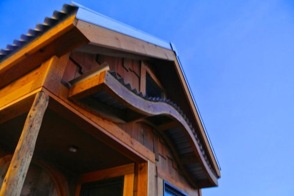 30-tiny-house-on-wheels-for-family-of-three-rocky-mountain-tiny-houses-greg-parham-0015