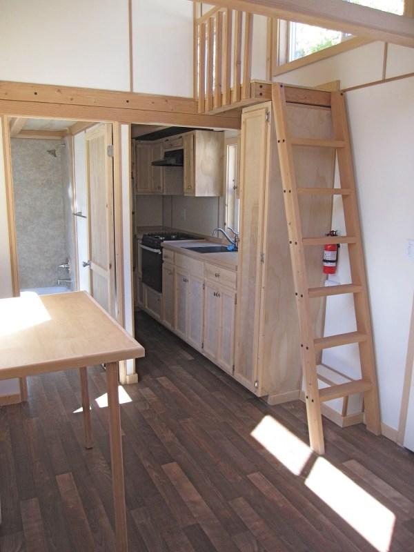 30ft Streamline Gooseneck Tiny House 003