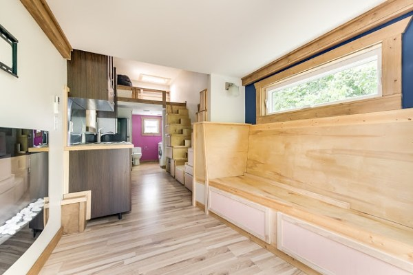 312 Sq. Ft. Log Cabin Tiny House on Wheels 002